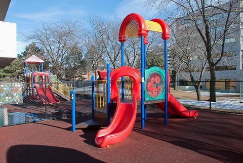 playground-kimbercroft-02